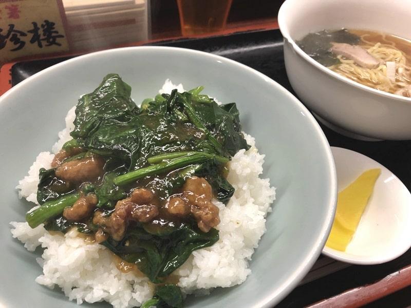 定番メニューの青野菜中華丼(=青中)